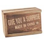 Кутия с изкачаща изненада