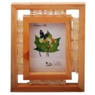 Дървена рамка за снимки