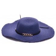 Синя шапка с периферия