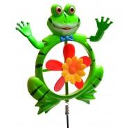 декоративна_ фигурка_ зелена_ жаба