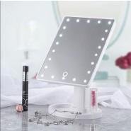 Светещо козметично огледало