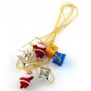 Коледен златист гирлянд с висулки - подаръчета и Дядо Коледовци.