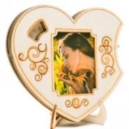 Дървено сърце със снимка