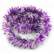 Виолетов коледен гирлянд с преплетени сребърни нишки.