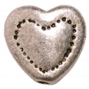 Мънисто сърце