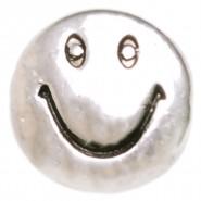 мънисто усмивка