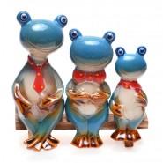 Фигурки на семейство жаби