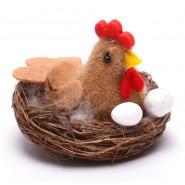 Кокошка в гнездо