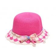 Малка шапка с панделка и перли