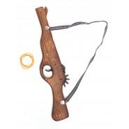 Дървен пистолет - ръчна изработка