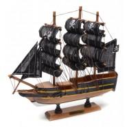 Пиратски кораб макет