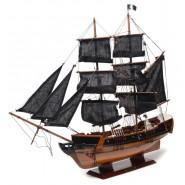 Пиратски макетен кораб