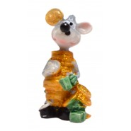 Фигурка на мишка облечена в пари и монети