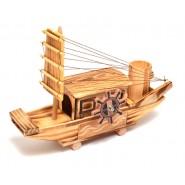 Дървен кораб