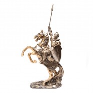 Фигурка рицар на кон