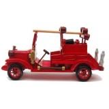 Дървена пожарна кола