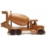 Дървен бетоновоз