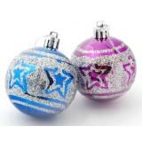 Разноцветни коледни топки със звездички