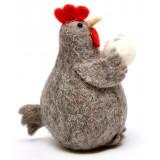 Фигурка на кокошка с яйце