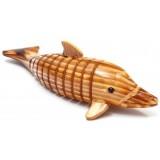 Дървен делфин